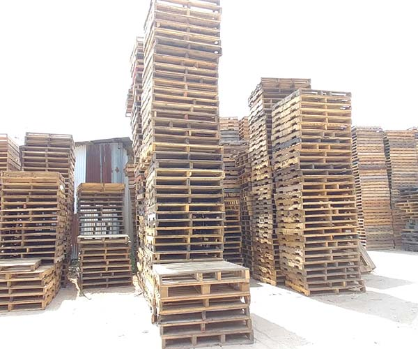 600x500 Wooden Pallets